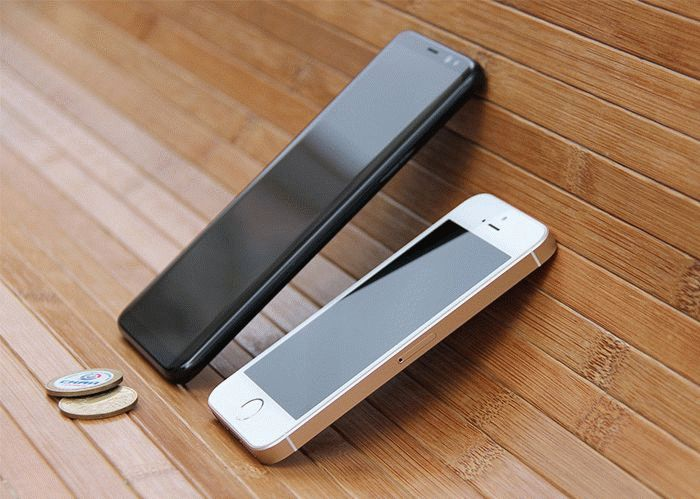 Galaxy S8 и iPhone SE сравнение