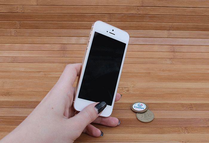 iPhone SE сканер отпечатка